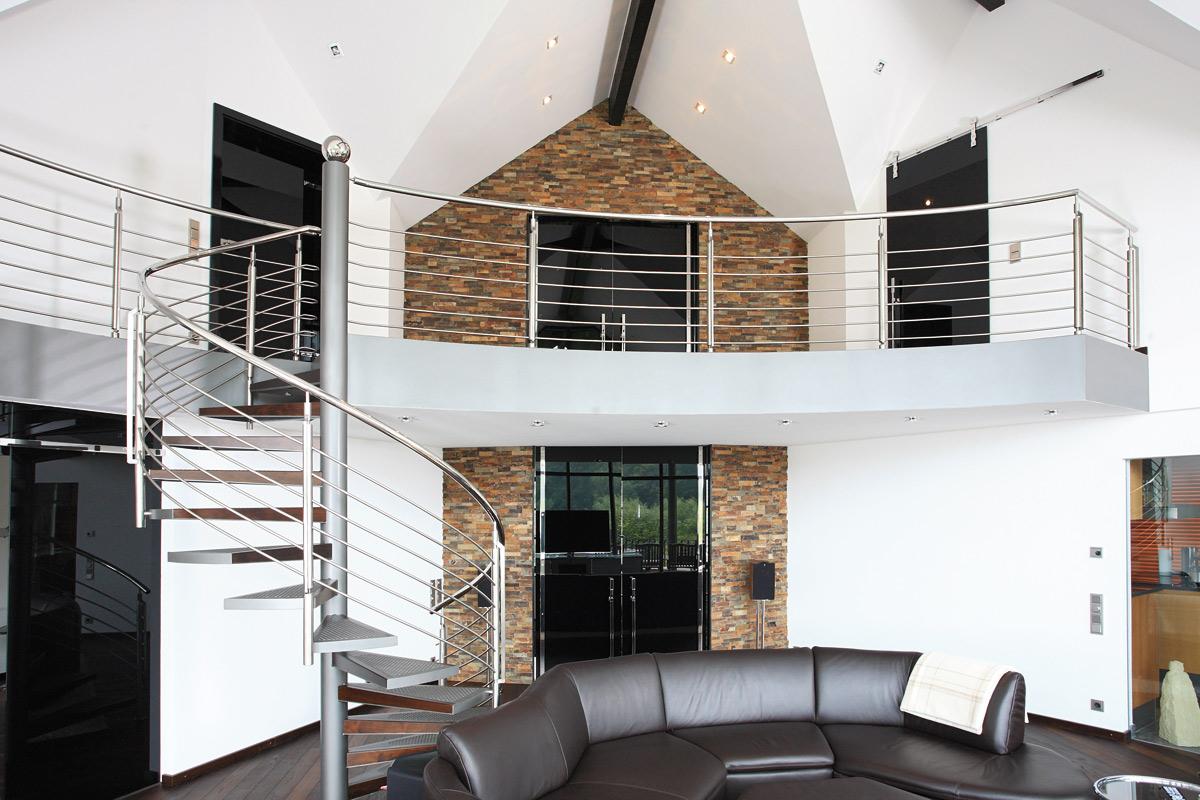 Stilfull - trapper og rekkverk